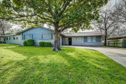 Photo of 5509 Winifred Drive, Fort Worth, TX 76133 (MLS # 14041483)