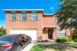 Photo of 2040 Lake Trail Drive, Heartland, TX 75126 (MLS # 14056773)