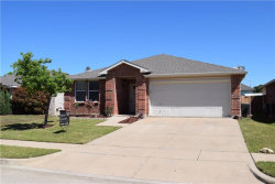 Photo of 1701 Baxter Springs Drive, Fort Worth, TX 76247 (MLS # 14071031)
