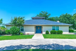 Photo of 432 S College Avenue, Justin, TX 76247 (MLS # 14087836)