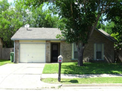 Photo of 6929 Lincolnshire Lane, North Richland Hills, TX 76182 (MLS # 14093255)