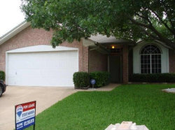 Photo of 5209 Livermore Drive, Arlington, TX 76017 (MLS # 14096302)