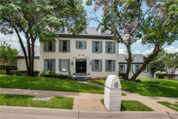 Photo of 1302 Cottonwood Valley Circle, Irving, TX 75038 (MLS # 14105943)