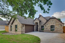 Photo of 904 Shady Oaks Drive, Kennedale, TX 76060 (MLS # 14107905)