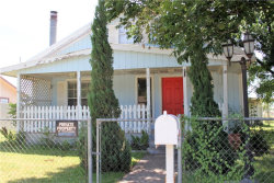 Photo of 1510 N Walnut Street, Brady, TX 76825 (MLS # 14131034)