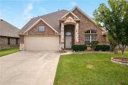 Photo of 403 Bellflower Court, Mansfield, TX 76063 (MLS # 14136505)