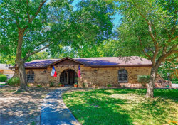 Photo of 7 Brookhollow Circle, Gainesville, TX 76240 (MLS # 14143055)