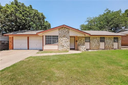 Photo of 1704 Windlea Drive, Euless, TX 76040 (MLS # 14144955)