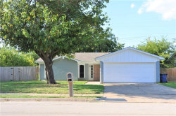 Photo of 233 Buie Drive, Fort Worth, TX 76140 (MLS # 14163987)