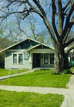 Photo of 914 Haynes Street, Denton, TX 76201 (MLS # 14165978)