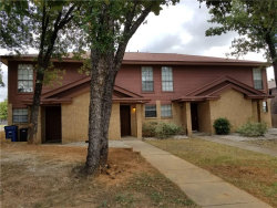 Photo of 116 Peachtree Court, Unit B, Kennedale, TX 76060 (MLS # 14172464)
