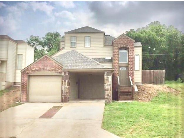 Photo for 1505 Park Place, Sherman, TX 75092 (MLS # 14199702)