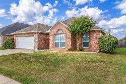 Photo of 709 Crownpoint Court, Arlington, TX 76002 (MLS # 14203957)