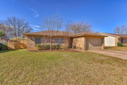 Photo of 5804 Willow Crest Drive, Arlington, TX 76017 (MLS # 14210711)