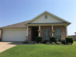 Photo of 8203 Macgregor Drive, Arlington, TX 76002 (MLS # 14211129)