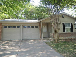 Photo of 1813 Cottonwood Street, Arlington, TX 76014 (MLS # 14211466)