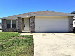 Photo of 8748 Hunters Point Way, Fort Worth, TX 76123 (MLS # 14214005)