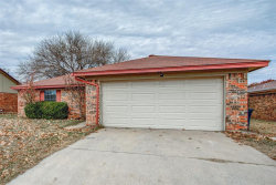 Photo of 1900 Pantego Drive, Fort Worth, TX 76134 (MLS # 14226853)