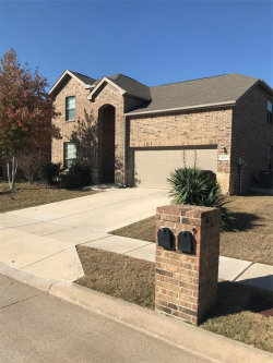 Photo of 5917 Valley Haven Way, Fort Worth, TX 76244 (MLS # 14228150)