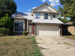 Photo of 1019 Silver Spruce Drive, Arlington, TX 76001 (MLS # 14241681)