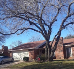 Photo of 7520 Nutwood Place, Fort Worth, TX 76133 (MLS # 14250564)
