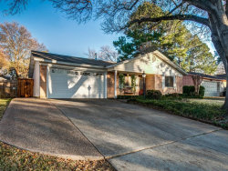 Photo of 413 Franklin Drive, Euless, TX 76040 (MLS # 14254289)