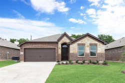Photo of 207 High Point Way, Justin, TX 76247 (MLS # 14255929)