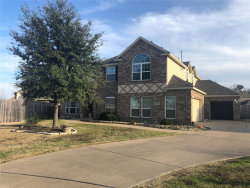 Photo of 925 Roanoke Court, Kennedale, TX 76060 (MLS # 14258139)
