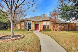 Photo of 1713 Cross Bend Road, Plano, TX 75023 (MLS # 14261010)