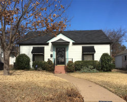 Photo of 4312 Calmont Avenue, Fort Worth, TX 76107 (MLS # 14265555)