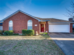 Photo of 600 Fort Worth Street, Mansfield, TX 76063 (MLS # 14266185)