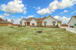 Photo of 1118 Heritage Drive, Justin, TX 76247 (MLS # 14269038)