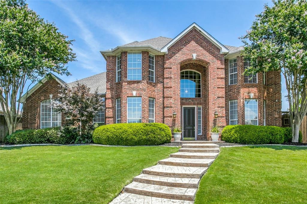 Photo for 3801 Lakedale Drive, Plano, TX 75025 (MLS # 14304461)
