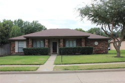 Photo of 824 Shannon Drive, Plano, TX 75025 (MLS # 14355414)
