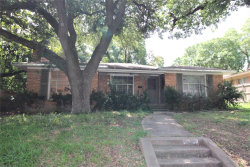 Photo of 6538 Ravendale Lane, Dallas, TX 75214 (MLS # 14377317)
