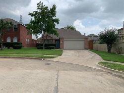 Photo of 12632 Oakwood Circle, Euless, TX 76040 (MLS # 14379702)