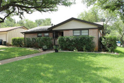 Photo of 307 Oakwood Drive, Euless, TX 76040 (MLS # 14380665)