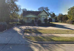 Photo of 310 E Broad Street, Mansfield, TX 76063 (MLS # 14381815)