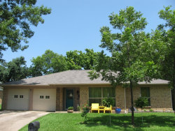 Photo of 833 N Atkerson Lane, Euless, TX 76040 (MLS # 14384502)