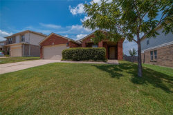 Photo of 10136 Cougar Trail, Fort Worth, TX 76108 (MLS # 14385255)