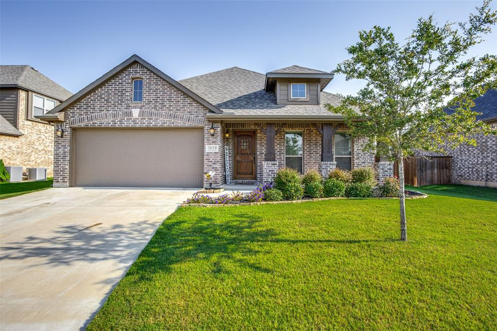 Photo for 3654 Rosewood, Denison, TX 75020 (MLS # 14387453)