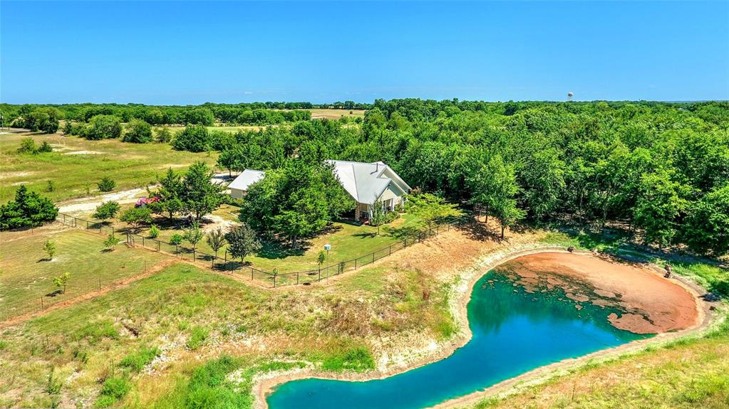 Photo for 1575 Gant Road, Sherman, TX 75090 (MLS # 14401717)