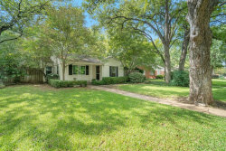 Photo of 615 Eastwood Avenue, Fort Worth, TX 76107 (MLS # 14437527)