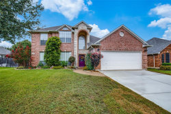 Photo of 1906 Clover Hill Road, Mansfield, TX 76063 (MLS # 14440200)