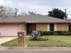 Photo of 6921 Eagle Rock Drive, Fort Worth, TX 76133 (MLS # 14475613)