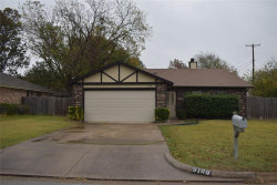 Photo of 5100 Gentling Place, North Richland Hills, TX 76180 (MLS # 14477158)