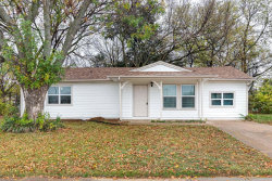 Photo of 201 Midway Drive W, Euless, TX 76039 (MLS # 14477914)