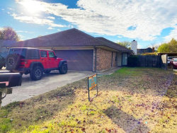 Photo of 6527 Central Avenue, North Richland Hills, TX 76182 (MLS # 14478881)