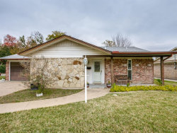 Photo of 824 N Ector Drive, Euless, TX 76039 (MLS # 14480648)