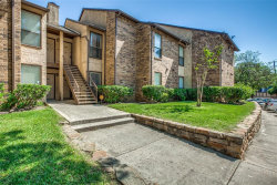 Photo of 1301 Willoughby Lane, Unit 5312, Arlington, TX 76011 (MLS # 14481601)